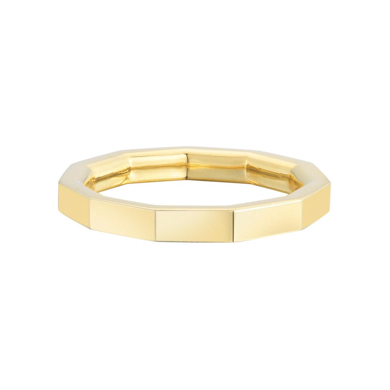 Gold hendecagon ring