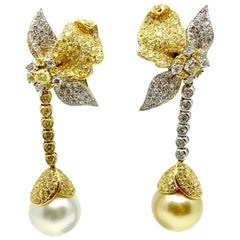 18 Karat Gold South Sea Pearls and Diamonds Earrings