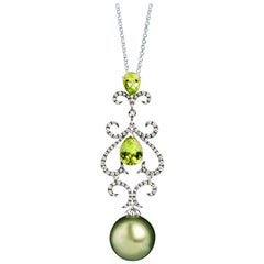 18 Karat Gold Tahitian Pearl Pendant Necklace with Diamonds and Peridots