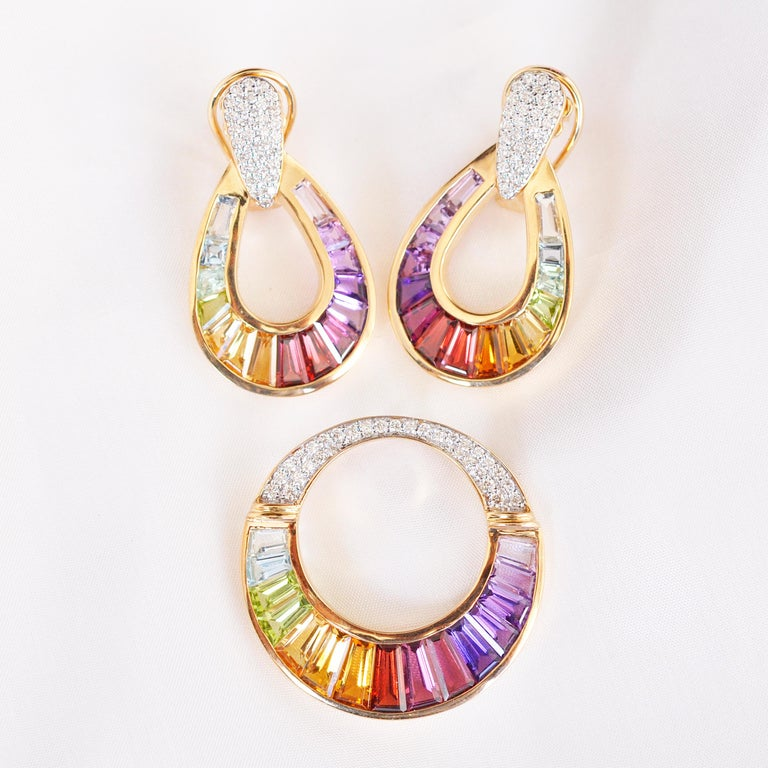 18 Karat Gold Taper Baguette Multi-Color Rainbow Diamond Dangling Drop Earrings For Sale 6