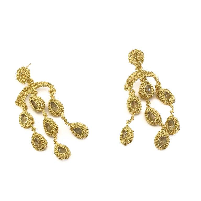 18 Karat Gold Thread Aquamarine Chandelier Crochet One of a Kind Luxury Earrings In New Condition For Sale In  Kfar Saba, IL