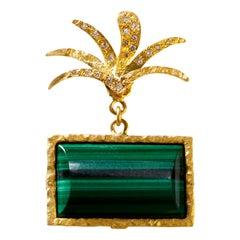 18 Karat Gold Top Wesselton VVS Diamond Malachite Handcrafted Earring
