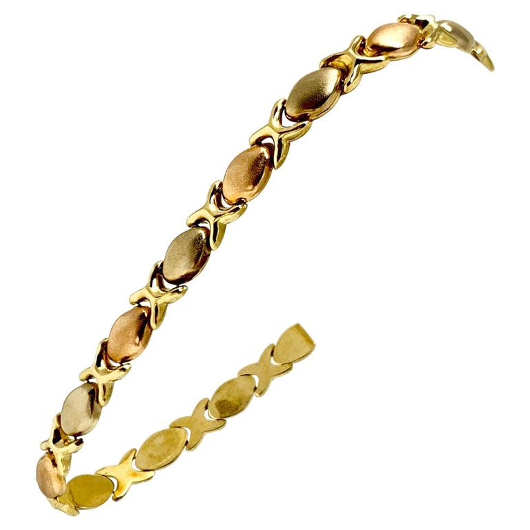 18 Karat Gold Tri Tone Hugs and Kisses XO Link Bracelet For Sale