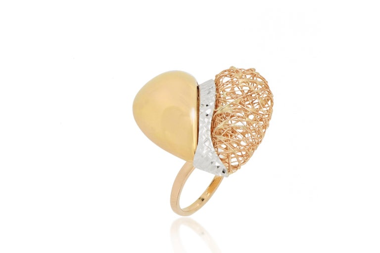 18 Karat Gold Tricolor Ring In New Condition For Sale In Macau, MO