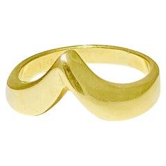 18 Karat Gold V Ring 18 Karat Yellow Gold V Fashion Band High Polish Custom Ring