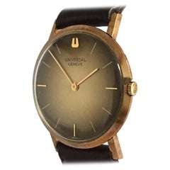 18 Karat Gold Vintage Hand-Winding Universal Geneve Watch