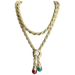 18 Karat Gold Vintage Long Lariat Chain Necklace with Gold and Brilliant Clasp