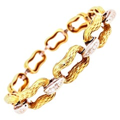 18 Karat Gold with 54 Round Diamonds Designer Bracelet 0.55 Carat VVS1 42.4g