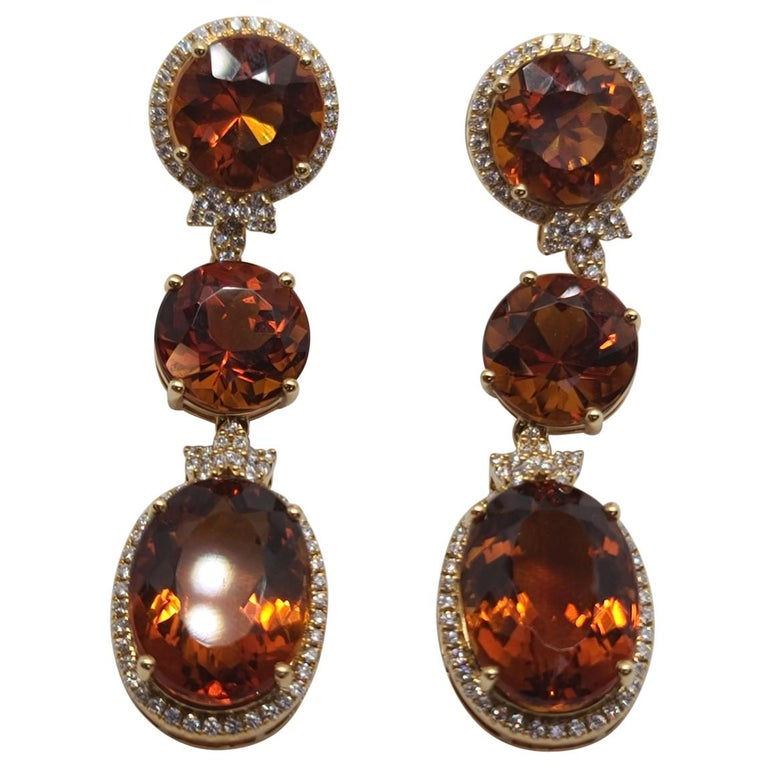 18 Karat Gold with Fire Royal Citrine and Diamonds Drop Dangle Earrings, One For Sale