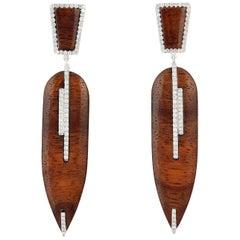 18 Karat Gold Wood Diamond Earrings