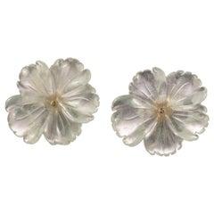 18 Karat Gold Yellow Agate Flower Handmade Italian Girl Carved Stud Earrings