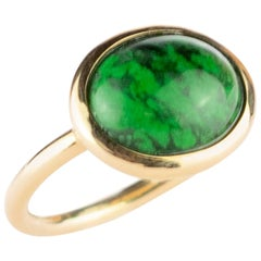 18 Karat Gold Yellow Central Oval Natural Jade East West Solitaire Cocktail Ring