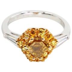 18 Karat Gold Yellow Diamond Ring with Fancy Vivid Yellow and White Diamonds