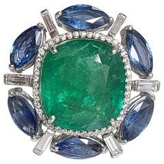 18 Karat Gold Zambian Emerald, Ceylon Blue Sapphire and Diamonds Cocktail Ring