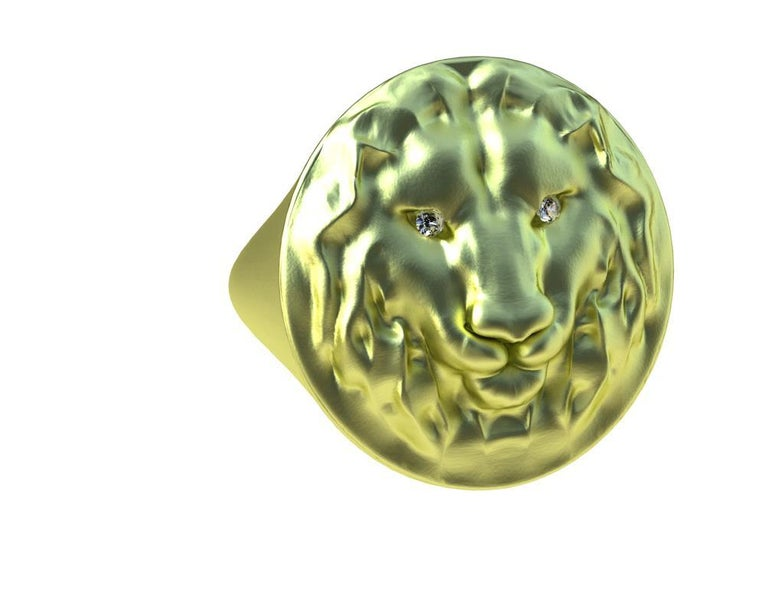 Contemporary 18 Karat Green GIA Diamond Lion Head Signet Ring For Sale