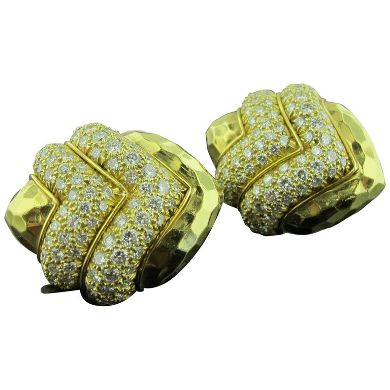 18 karat Hammered Yellow Gold and Diamond Earrings 2.25 Carat For Sale