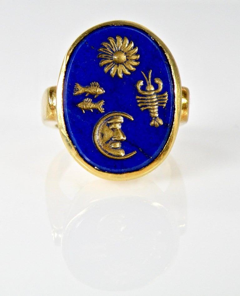 18 Karat Hand Carved Lapis Lazuli Ring In New Condition For Sale In Cohasset, MA