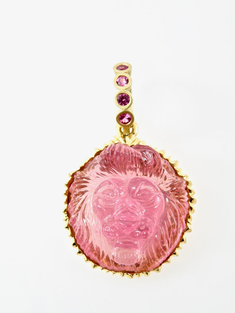 18 Karat Hand Carved Pink Tourmaline Lionshead with Pink Sapphire Bail In New Condition For Sale In Cohasset, MA