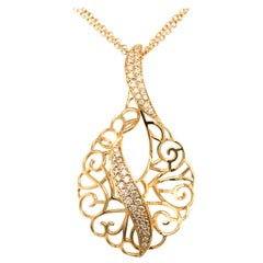 18 Karat Handmade Yellow Gold Open Work Pendent Made in Italy with Box