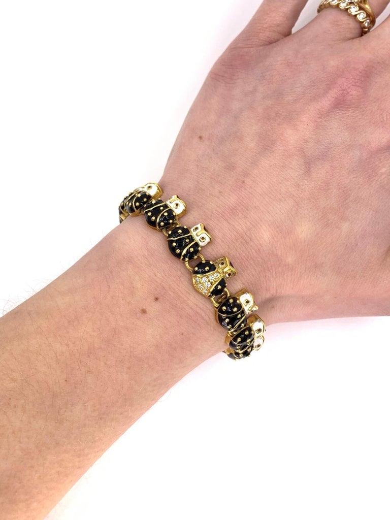 18 Karat Hidalgo Enamel and Diamond Owl Bracelet For Sale 3