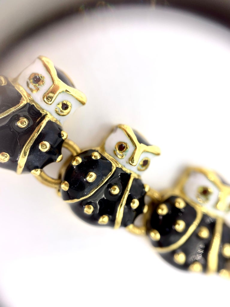 18 Karat Hidalgo Enamel and Diamond Owl Bracelet For Sale 5