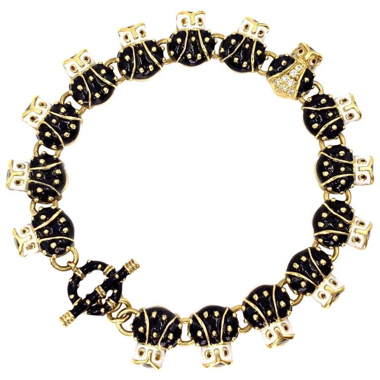 18 Karat Hidalgo Enamel and Diamond Owl Bracelet For Sale