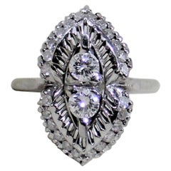 18 Karat Ladies White Gold and Diamond Ring