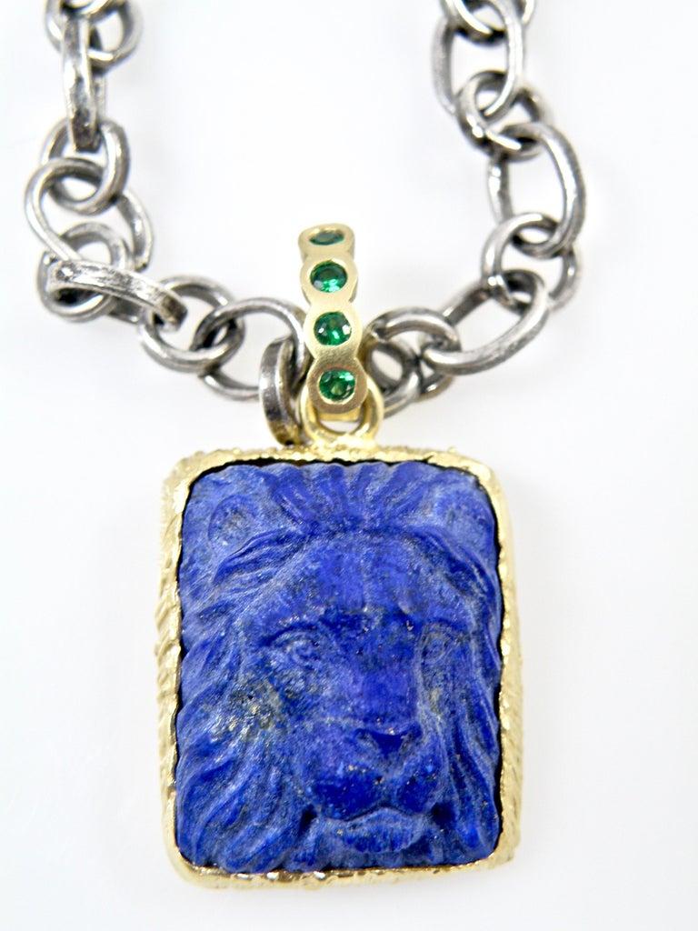 Women's or Men's 18 Karat Lapis Lazuli Carved Lionshead Pendant For Sale