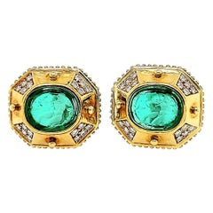 18 Karat Large Diamond Earrings Green Stone Yellow Gold Clip-On