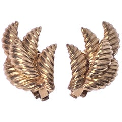 18 Karat Leaf Earrings 1970s