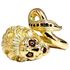 18 Karat Lion Wrap Enamel Ring