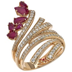 18 Karat Mirage White Gold Ring with Vs Gh Diamonds and Red Ruby