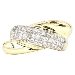 18 Karat Modern Abstract Diamond Ring