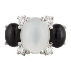 18 Karat Moonstone Onyx Diamond Ring