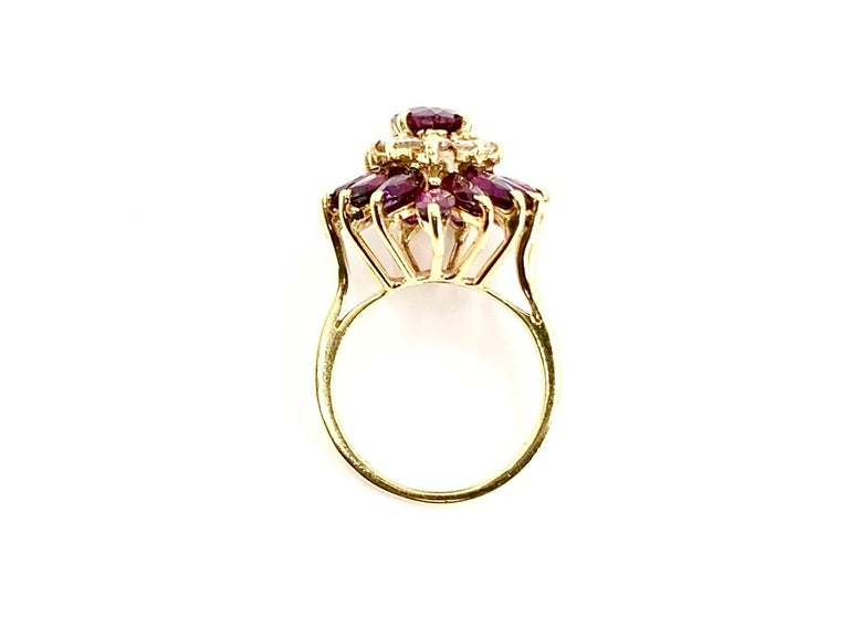 18 Karat Pear Shape Ruby and Diamond Vintage Cocktail Ring In Good Condition For Sale In Pikesville, MD