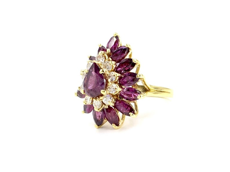 18 Karat Pear Shape Ruby and Diamond Vintage Cocktail Ring For Sale 1