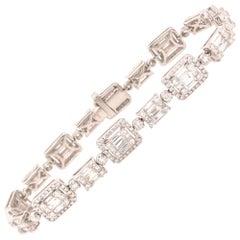 18 Karat Princess, Round and Baguette Diamond Bracelet White Gold