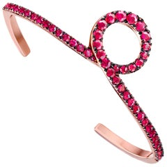 18 Karat Rose Gold 2.14 Carat Pigeon's Blood Red Ruby Cuff Bracelet