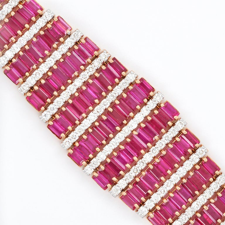 18 Karat Rose Gold 21.73 Carat Ruby Baguette Diamond Art-Deco Style Bracelet In New Condition For Sale In Jaipur, Rajasthan