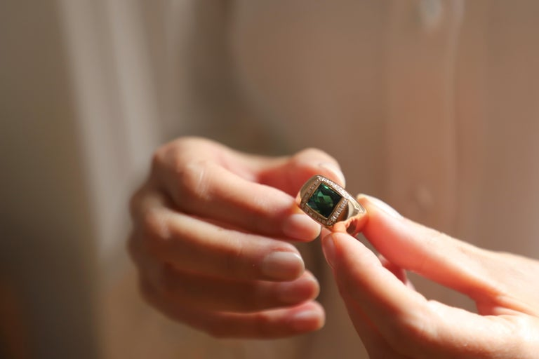18 Karat Rose Gold 5 Karat Tourmaline 0.28 Karat White Diamond Design Ring For Sale 1