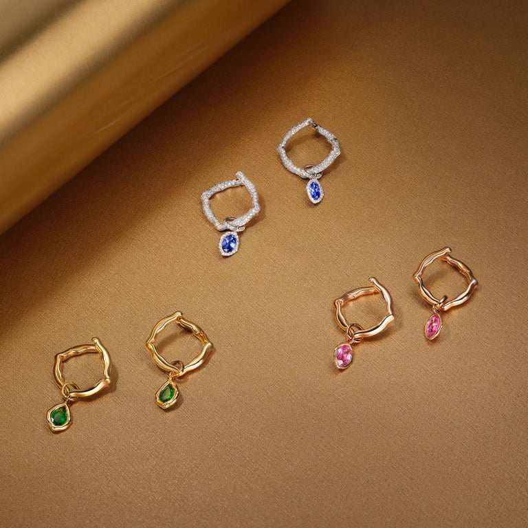 18 Karat Rose Gold and Pink Sapphires Hoop Earrings In New Condition For Sale In Mayfair, London, GB