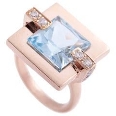 18 Karat Rose Gold Blue Topaz 0.27 Karat Diamonds Cocktail Design Ring
