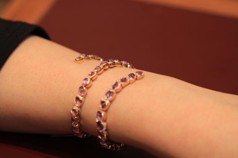 18 Karat Rose Gold Bracelet with Pink Sapphires For Sale 1