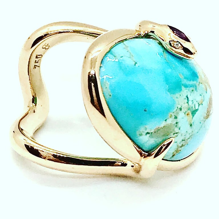 18 Karat Rose Gold Cocktail Ring Set with Turquoise Cabochon, Amethyst, Diamonds In New Condition For Sale In Geneve, Genf