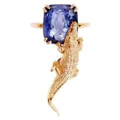 18 Karat Rose Gold Contemporary Ring with 6.96 Cts Ceylon Vivid Blue Sapphire