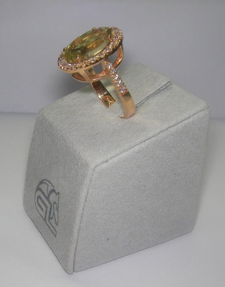18 Karat Rose Gold Diamond and Citrine Cocktail Ring In New Condition For Sale In Duesseldorf, DE