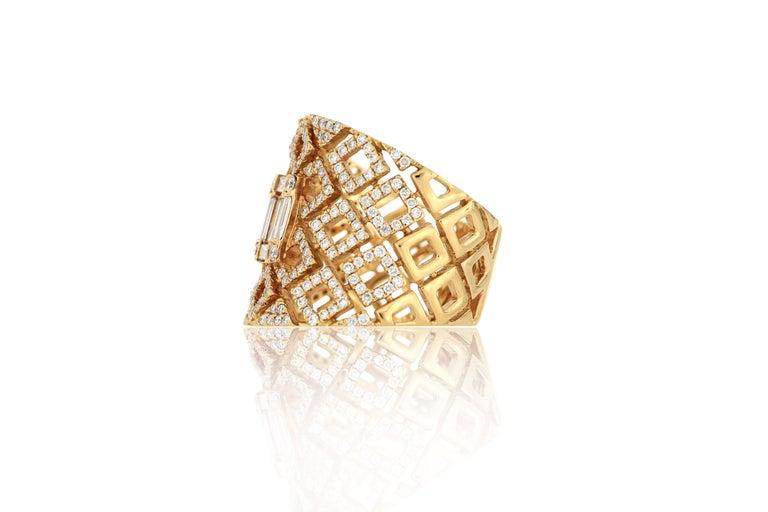 Brilliant Cut 18 Karat Rose Gold Diamond Fashion Ring For Sale
