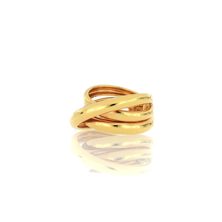 Contemporary 18 Karat Rose Gold Fashion Ring For Sale