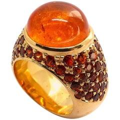 18 Karat Rose Gold Fine Mandarine Garnet Cabouchon and Facetted Rounds Ring
