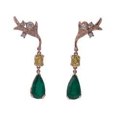 18 Karat Gold Gr. 5.30, Emerald Drop Carat 3.78, Diamonds Carat 0.35, Earrings